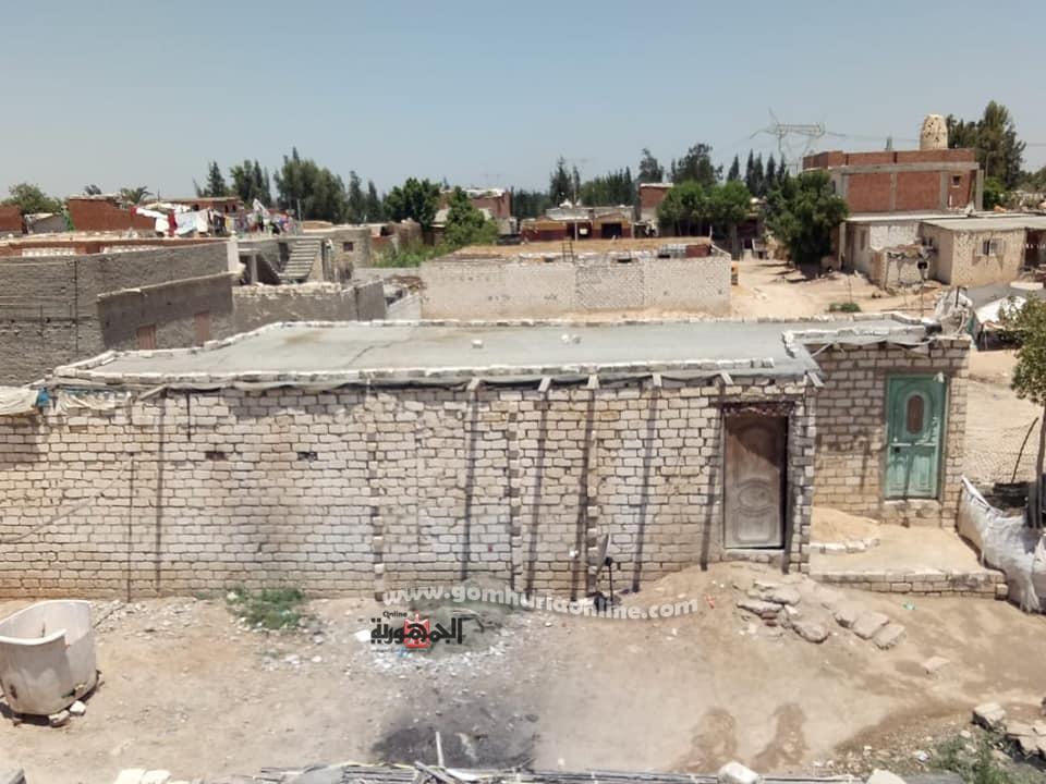 سقف منازل قرية أبوالسيس
