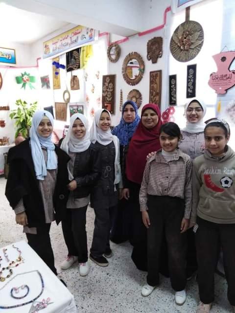 افتتاح معرض الانشطه بالحديثه بنات ببنى سويف