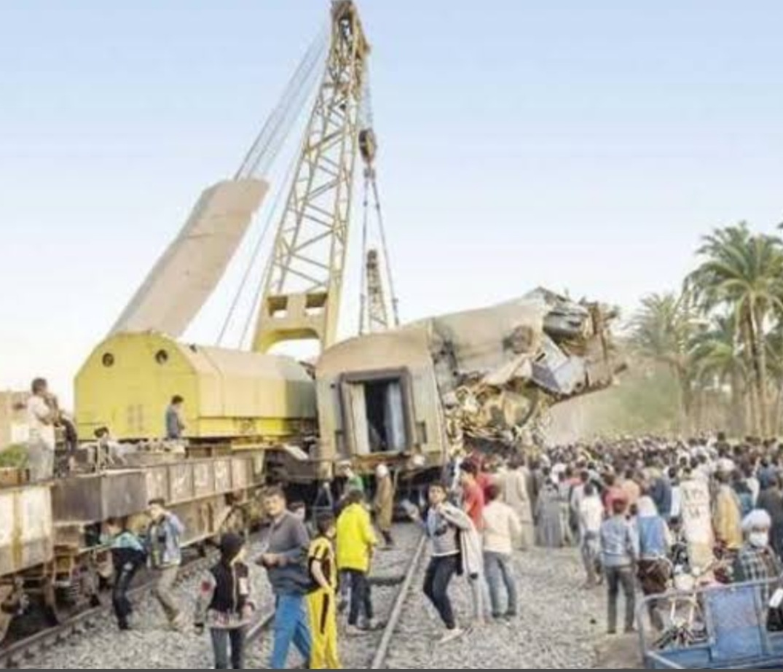 النيابة العامة : 20 وفاة و199 مصابا و 26مليون جنيه خسائر تصادم قطاري سوهاج