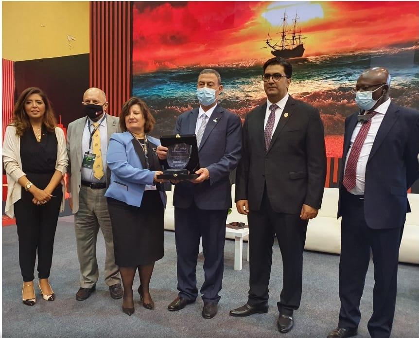 تكريم السفير الفلسطيني