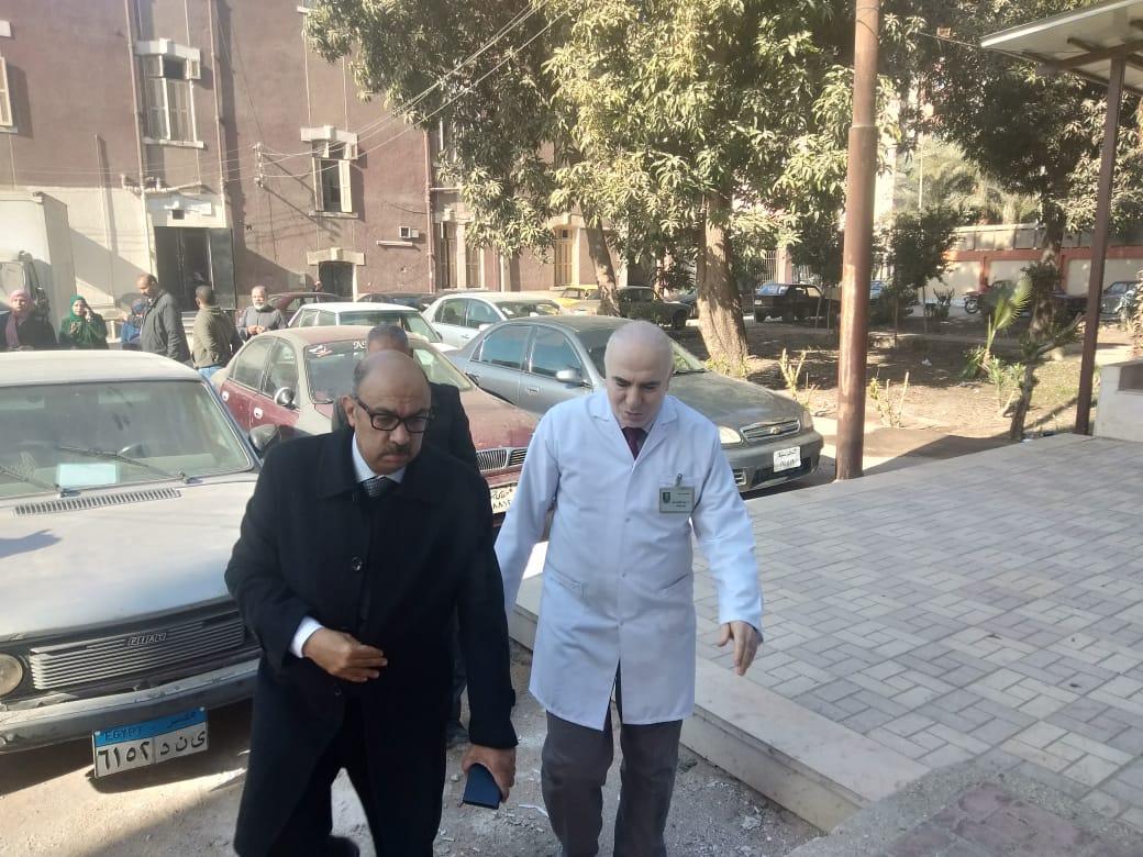 جولة مفاجئة لوكيل وزارة الصحة بأسيوط بمستشفي الصدر