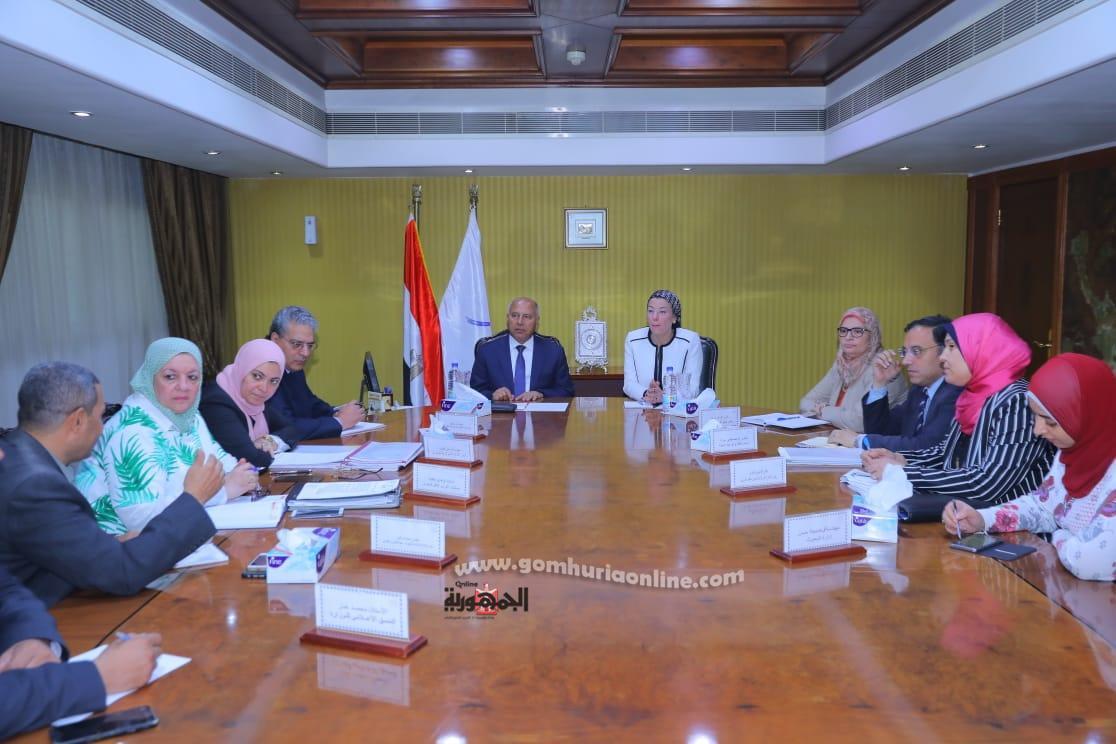 وزيرالنقل واجتماعه مع وزيرة البيئة لبحث مشروع تطويرقطارابوقير
