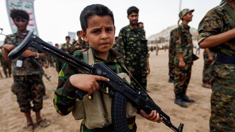 استغلال الحوثى الاطفال فى اليمن