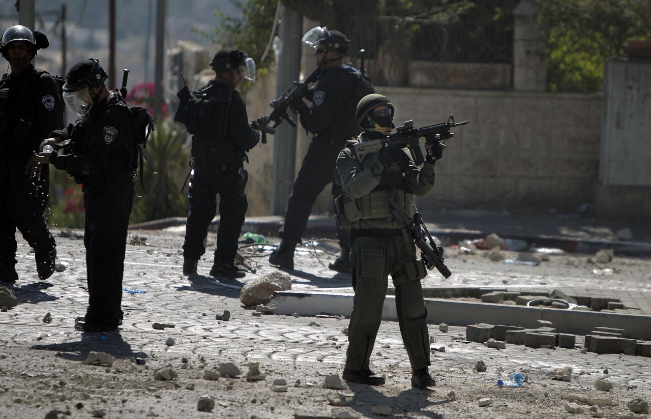 إصابة 6 فلسطينيين في تبادل لإطلاق نار مع الشرطة والجيش الإسرائيليين