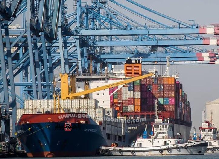 نشاط بحركة تداول البضائع بميناء الاسكندرية