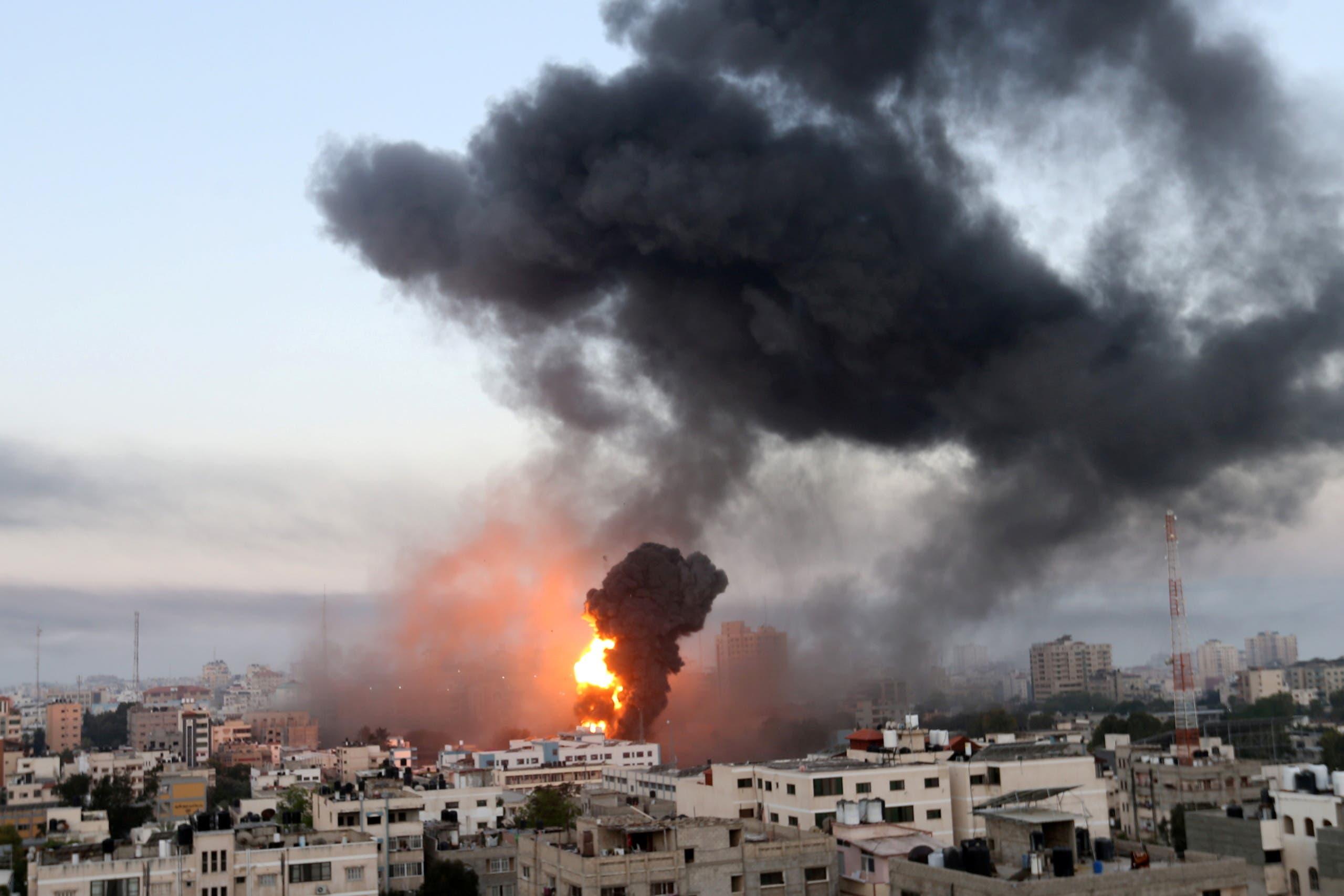 استشهاد 4 فلسطينيين في غارات لطيران الاحتلال على قطاع غزة
