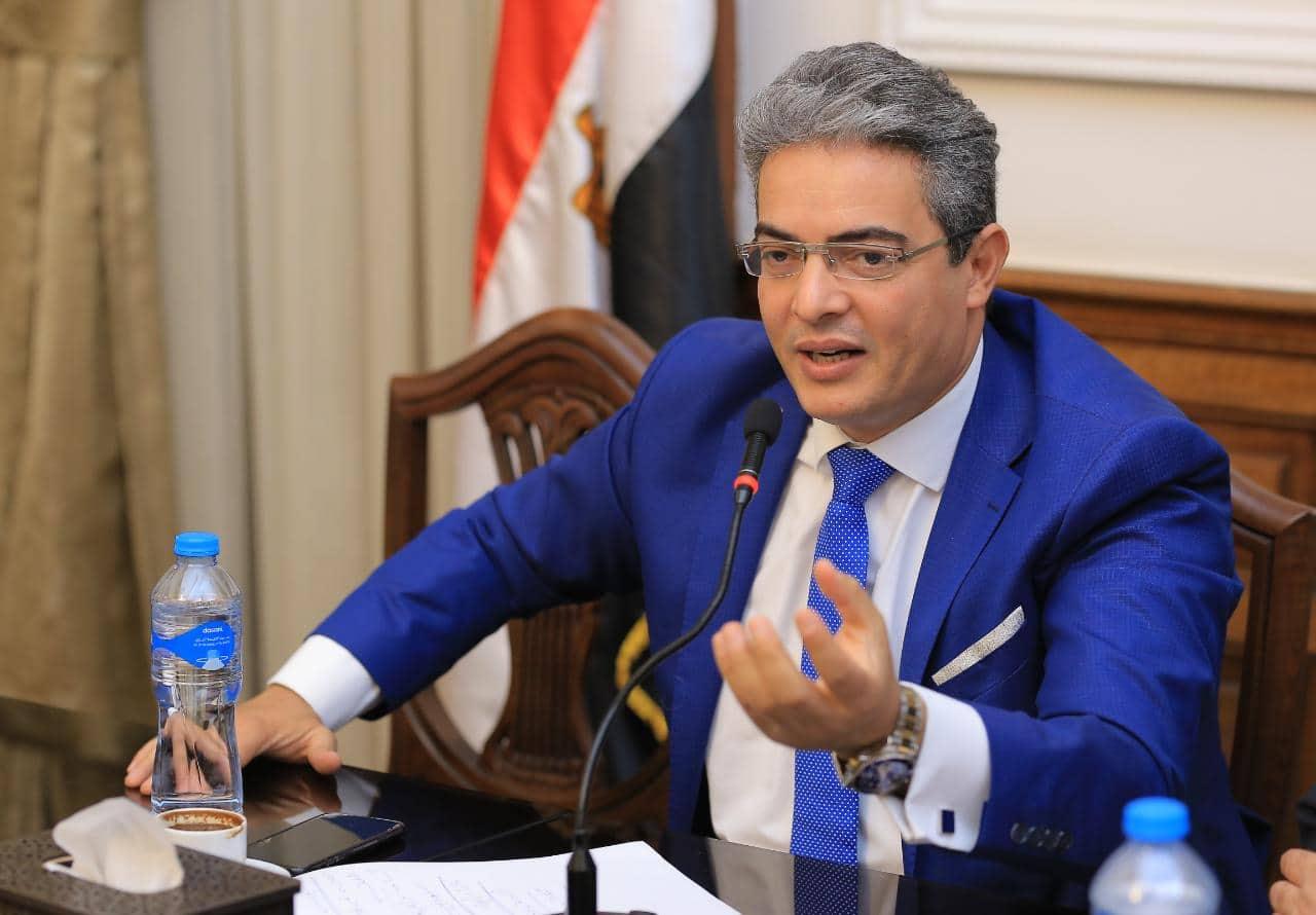 الدكتورة طارق سعدة نقيب الإعلاميين