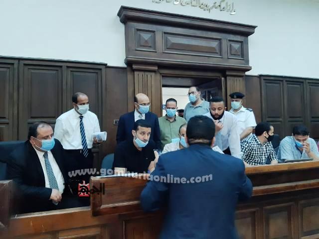 المرشحون امام اللجنه المشرفه على الأنتخابات بمحكمة شرق إسكندريه