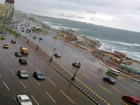 امطار غزيرة بمحافظة الاسكندرية خلال الساعات الأولى من صباح السبت