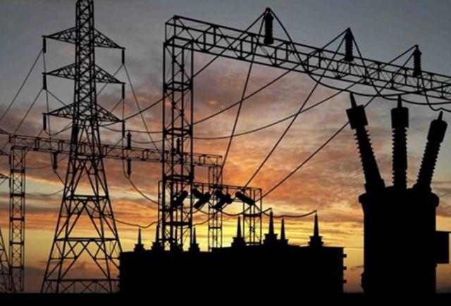الاثنين بدء اجتماعات شركات الكهرباء لاستعراض استعداداتها للصيف