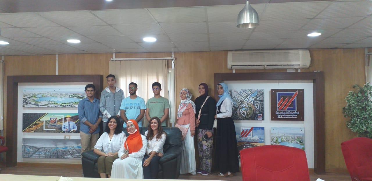 الطلاب خلال الزيارة