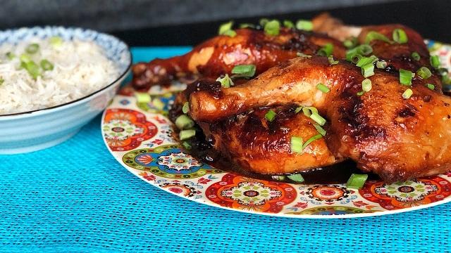 دجاج بالكراميل والخضار