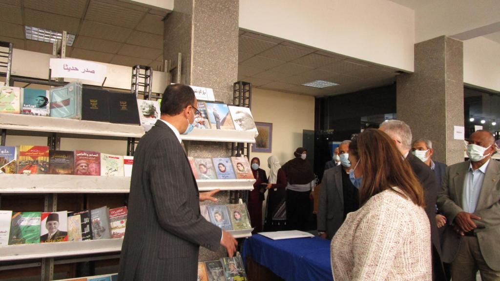 انطلاق فعاليات معرض كتاب جامعة حلوان