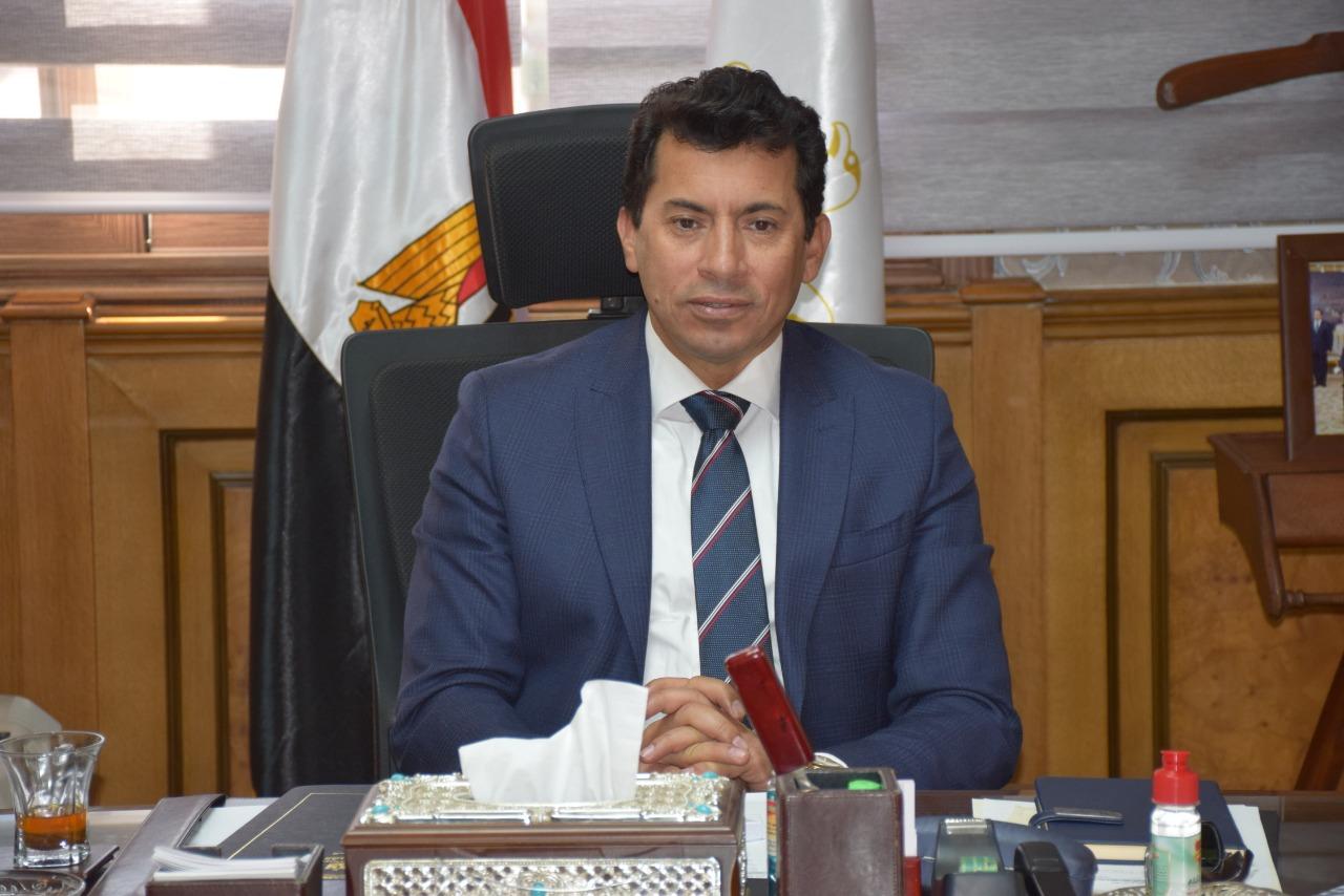 د.أشرف صبحى وزيرالشباب والرياضة