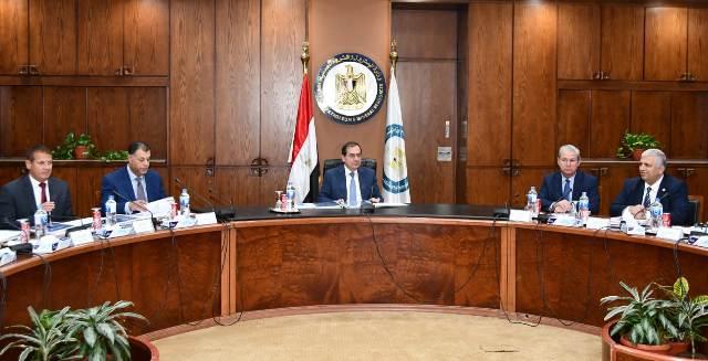 وزير البترول يرأس أعمال الجمعية العامة للشركة المصرية الألمانية للمضخات