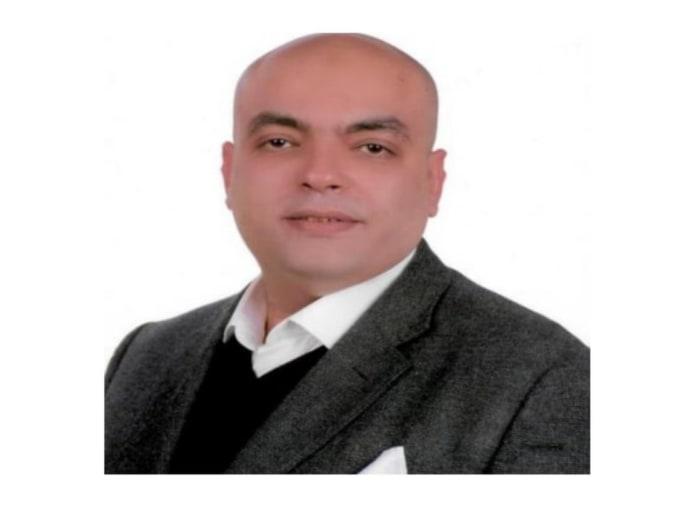 الدكتور احمد نبيه الخبير الأقتصادي