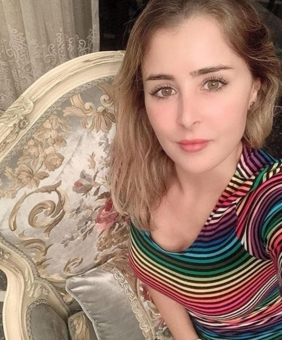 عائشة بن احمد تخطف الانظار بصور جديدة على انستجرام