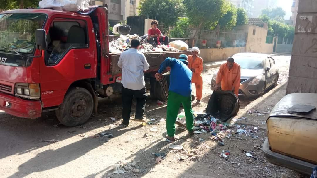 رفع القمامة من شارع صبرى بحى الوايلى