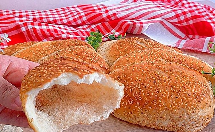 خبز البالون الطرى
