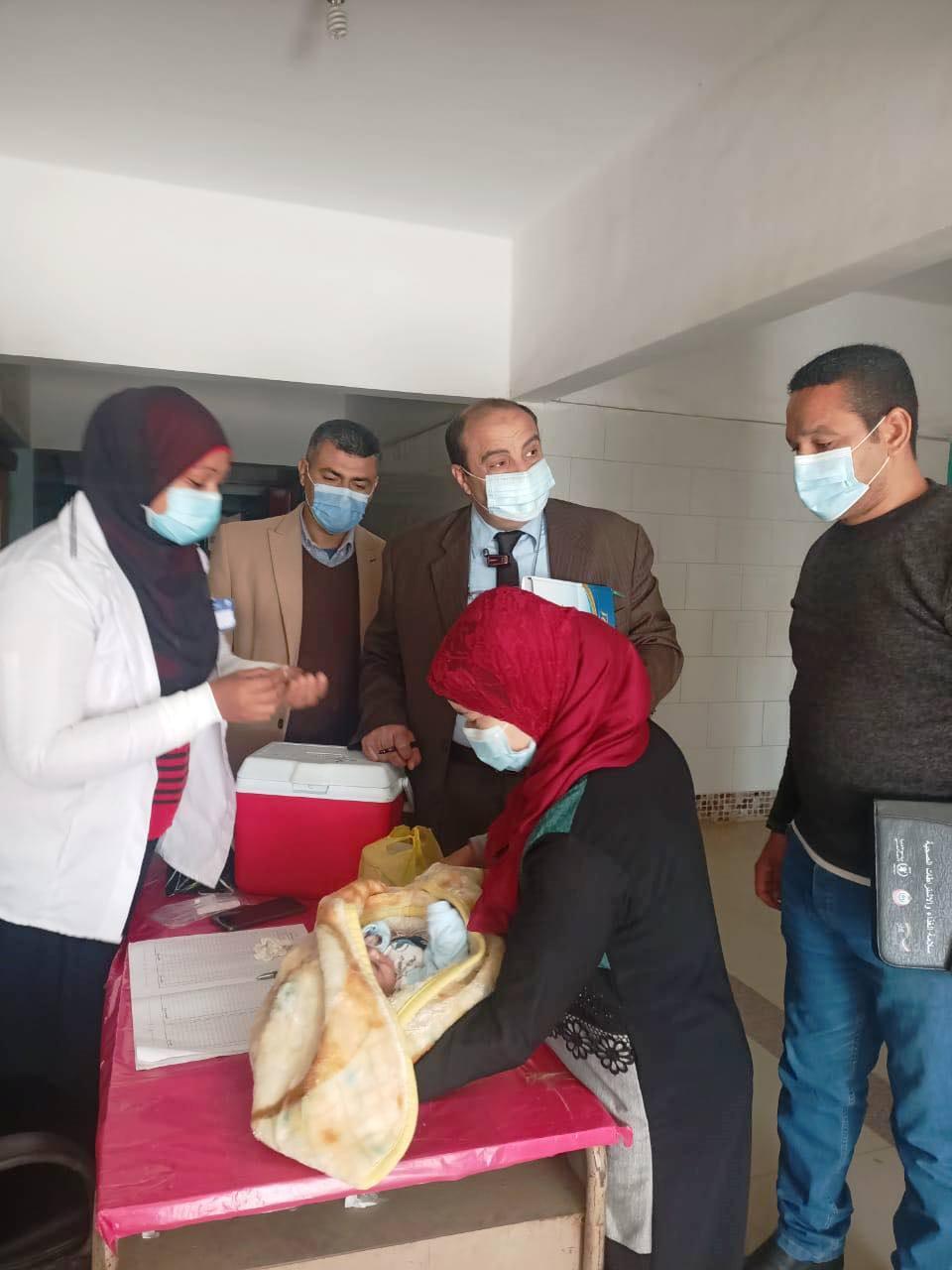 صحة المنيا : تطعيم 836 الفا و597 طفلا فى المنيا