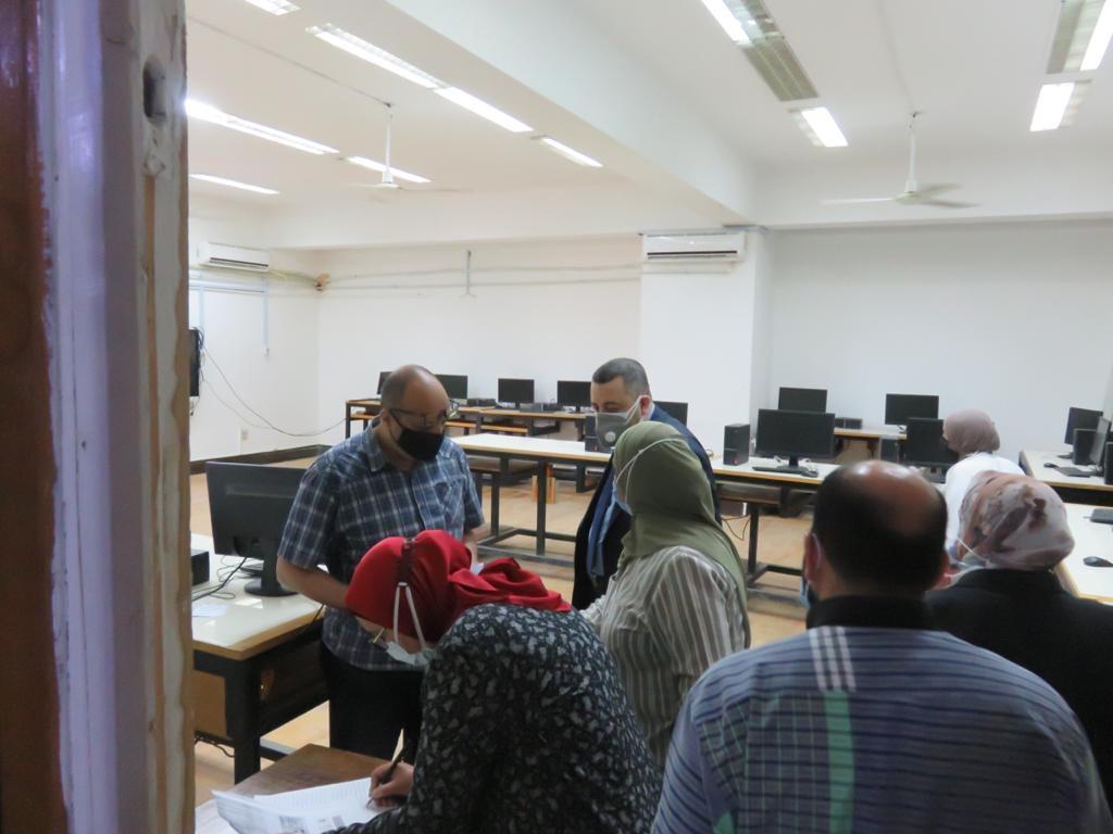جامعة الاسكندرية تبدا حملة تلقى لقاح كورونا لمنتسبيها