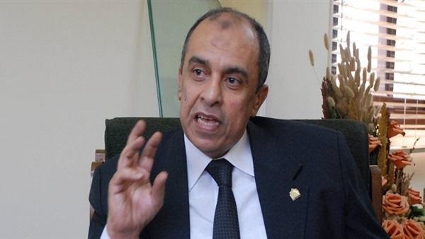 وزير الزراعة - دكتور عز الدين ابو ستيت