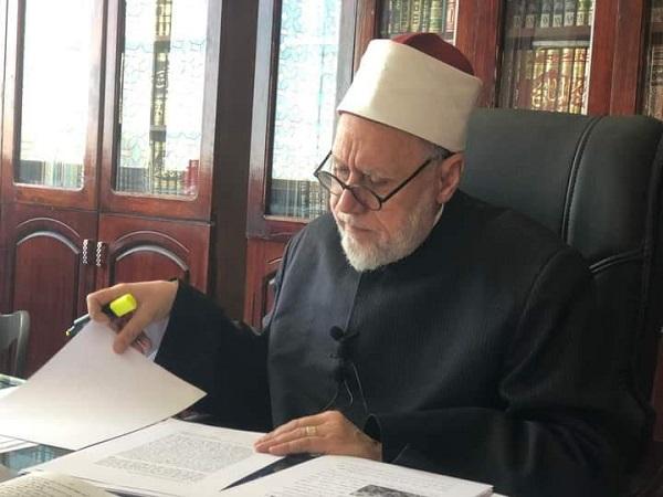 الدكتور محمد محمد مهنا الأستاذ بجامعة الأزهر
