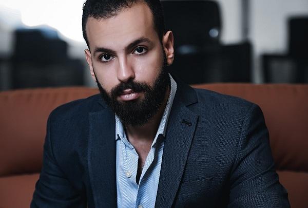 محمود إبراهيم الخبير الاقتصادي