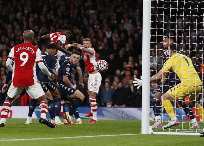 مباراة أرسنال و أستون فيلا في الدورى الإنجليزى الممتاز - صورة من رويترز