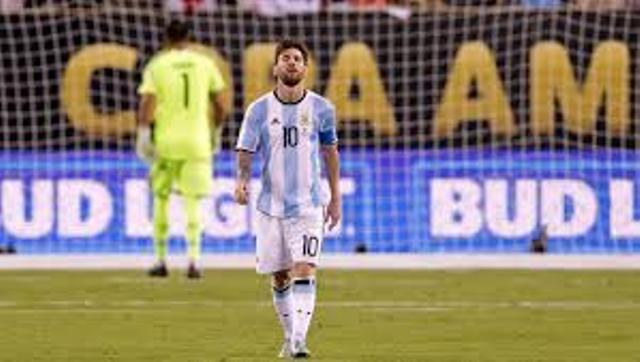 يلتقى المنتخب الأرجنتيني فى مواجهة ودية نظيره المغربى فى المباراة المقرر لها الثلاثاء المقبل.    وكشف الحساب الرسمى لمنتخب الأرجنتين عبر موقع التواصل الإجتماعى