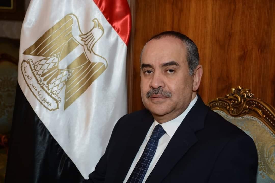 الطيار محمد منار وزير الطيران