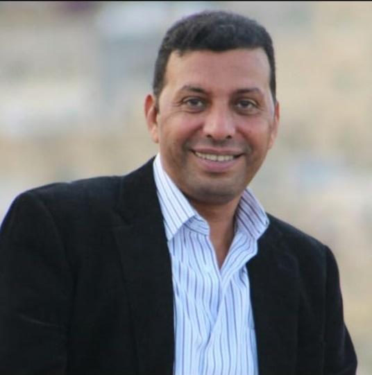 الفنان جلال عثمان