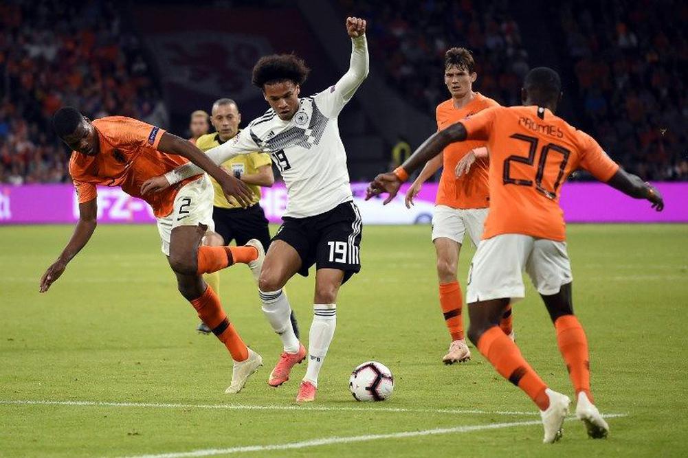 مشاهدة مباراة هولندا وألمانيا
