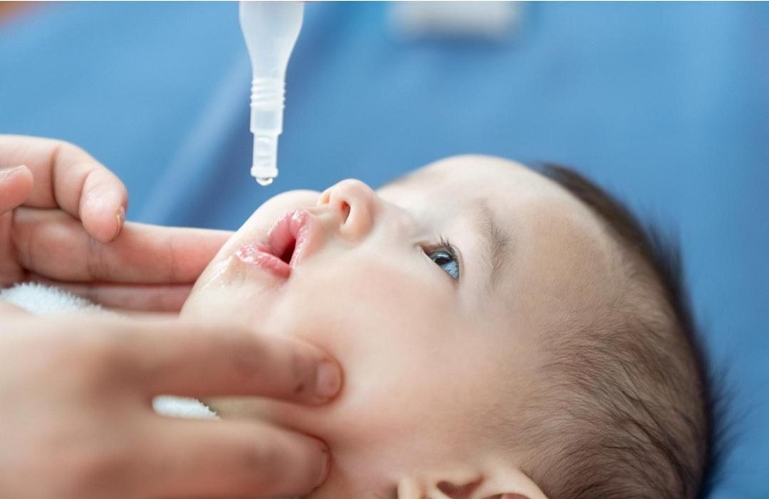 بالانفوجراف جدول التطعيمات ضد شلل الأطفال من عمر شهرين حتى عام ونصف