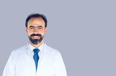 الدكتور نور الدين مصطفى