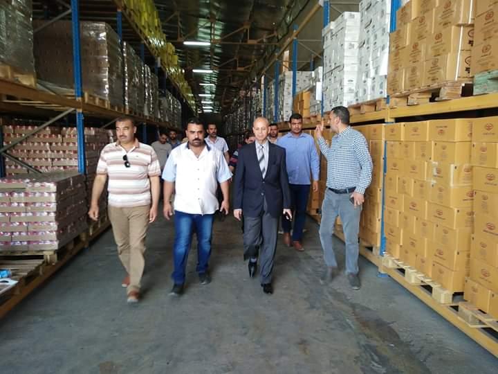 وكيل وزارة الصحة بالشرقية يقود حملة لإعدام 12 طن أغذية مستودرة