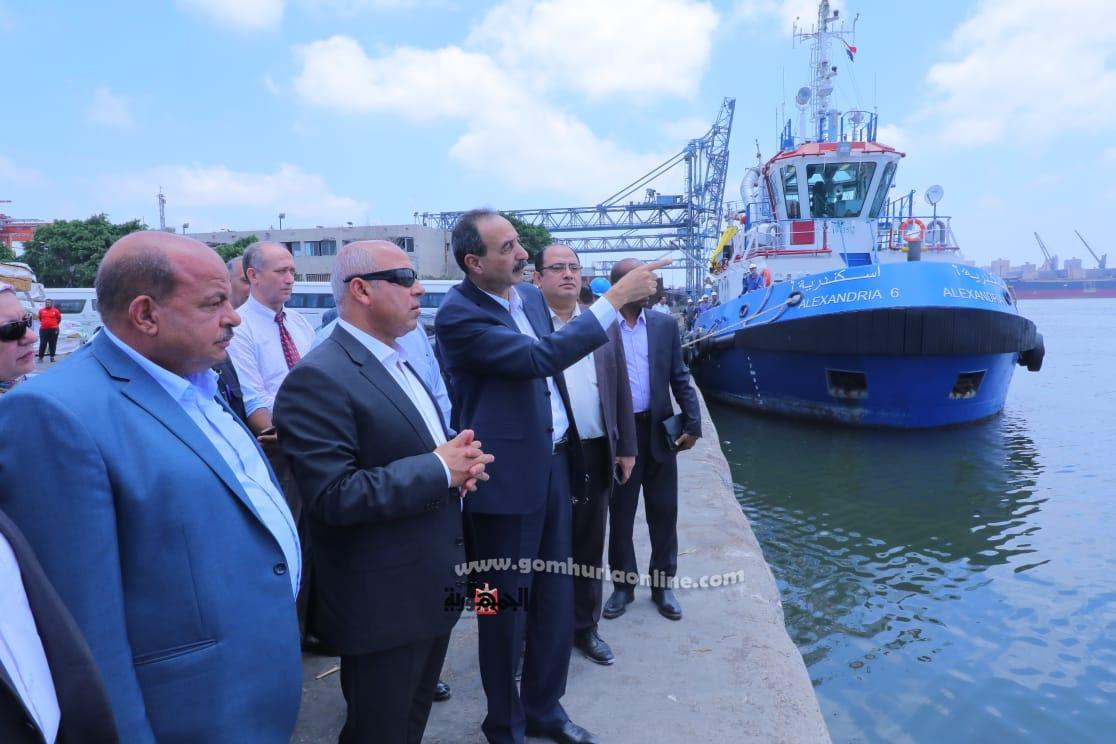 كامل الوزيريتفقد مشروعات ميناء الاسكندرية وغرب المدينة