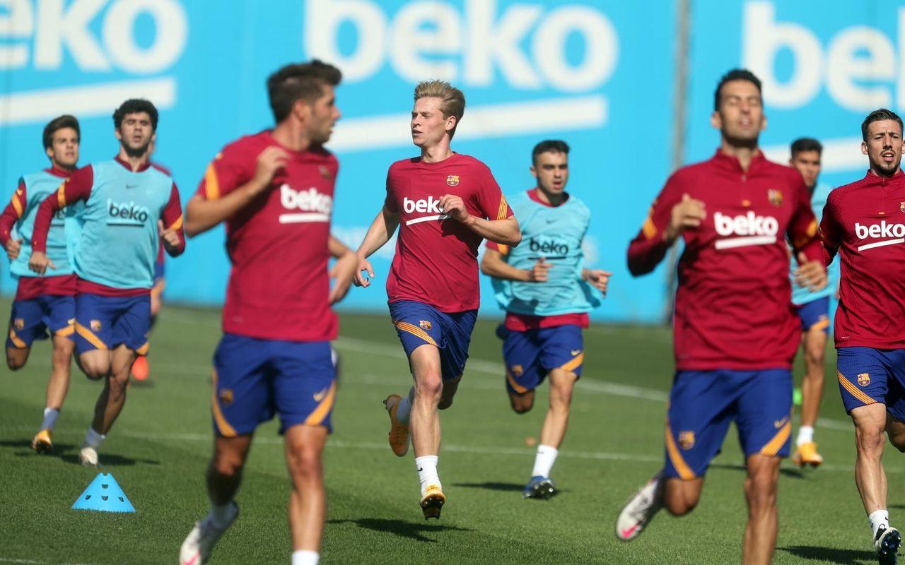 #موعد مباراة برشلونة وفياريال في الدوري الإسباني والقنوات الناقلة