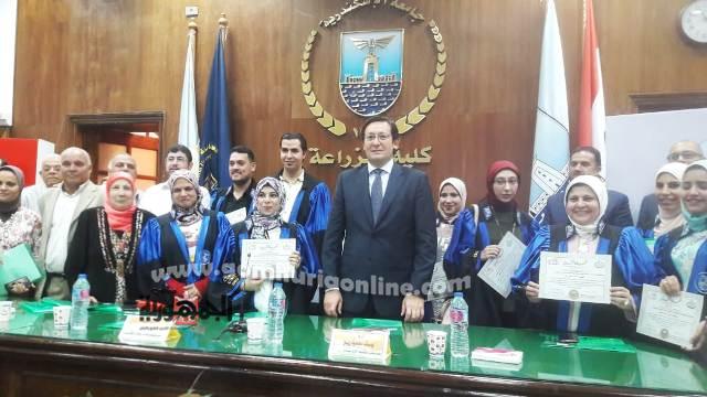 الفائزين بجوائز البحث العلمى العام الماضى