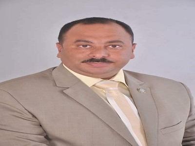 رجب السواحلى رئيس النقابة العامة للعاملين بالنقل والموصلات