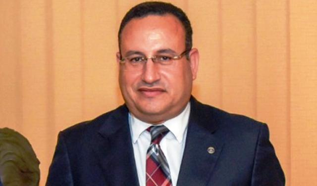 دعبد العزيز قنصوة رئيس جامعة الاسكندرية