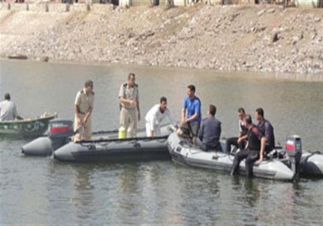 انتشال جثة شاب سقط في مياه النيل