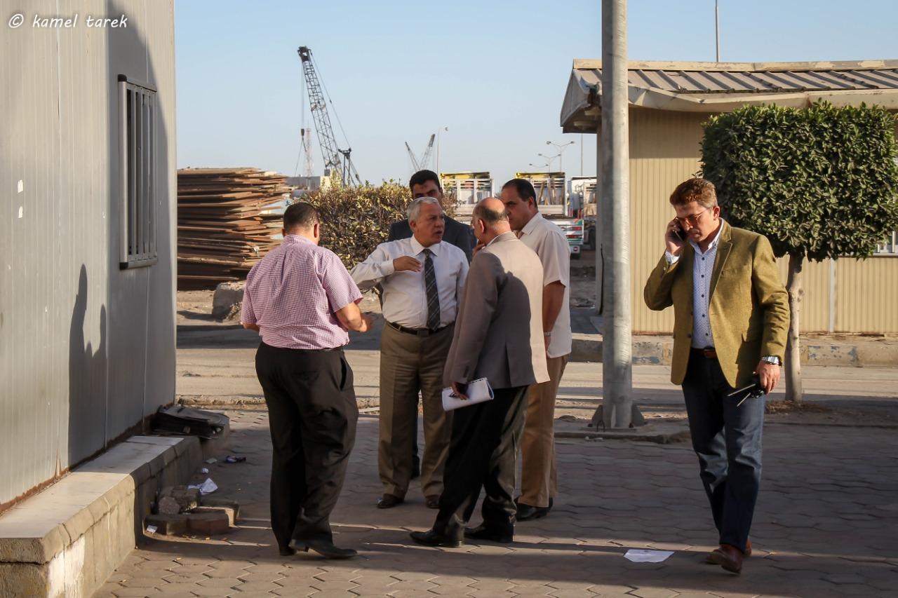 رئيس هيئة ميناء دمياط يتفقد مرافق الهيئة