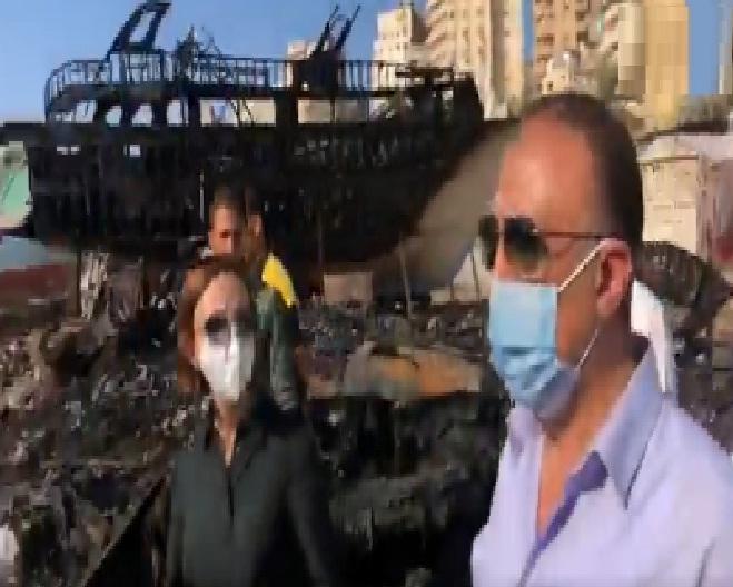 اللواء محمد الشريف محافظ الاسكندرية يقوم بمعاينة مكان حريق ورش المراكب واليخوت براس التين
