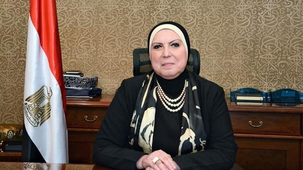الدكتورة نيفين جامع