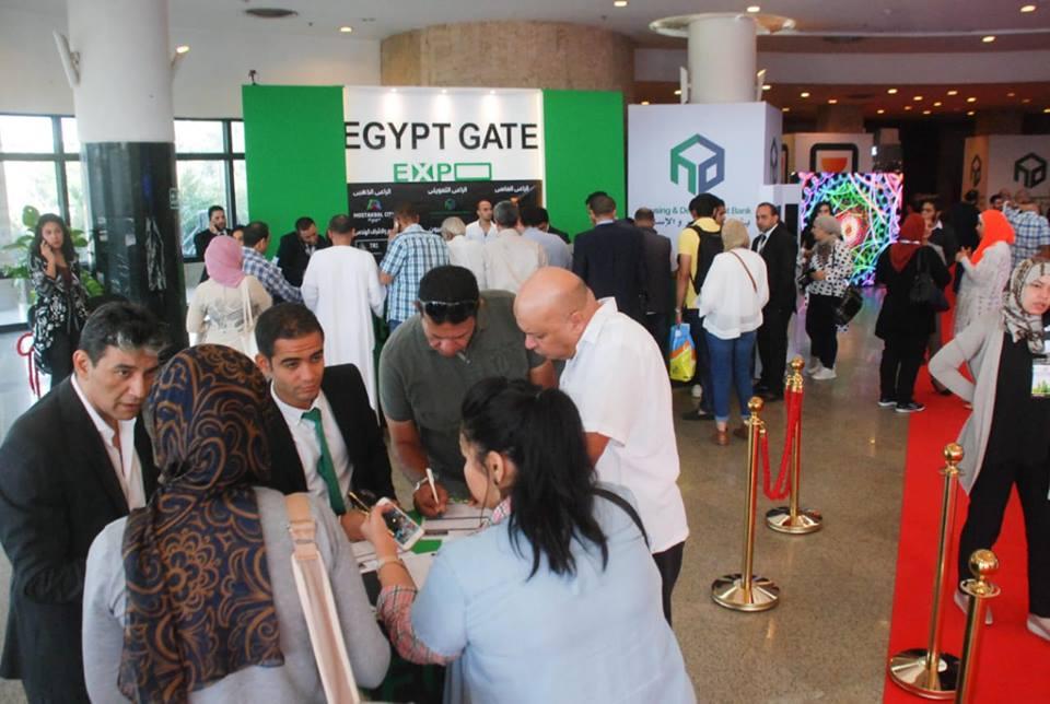 إقبال كبير من الجمهور على عروض المطورين العقاريين بـ«EGYPT GATE EXPO»