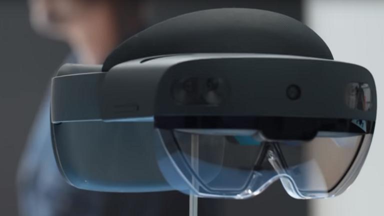 بالفيديو   مايكروسوفت  تطرح أحدث نظاراتها الذكية بالاسواق