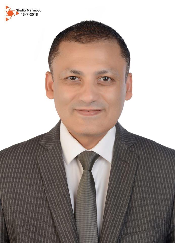 الدكتور محمود قورة