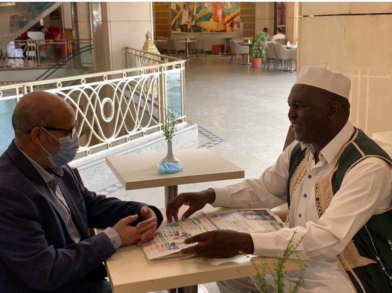 الشيخ الواثق بالله محمد سليمان يتحدث مع عقيدتي