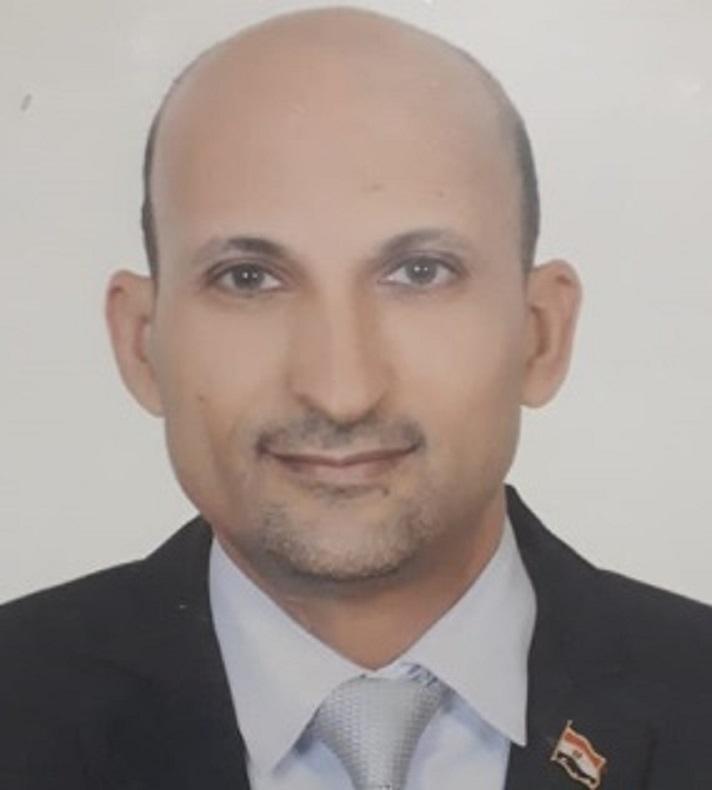 أشرف عزوز